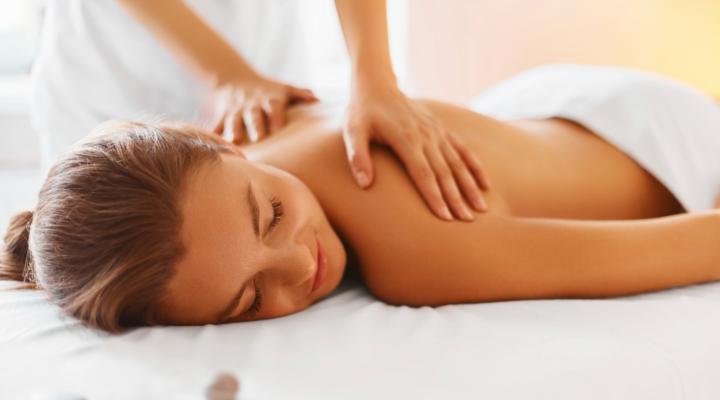 Femenino Sã Zona Central Massagem De De Discreto Na