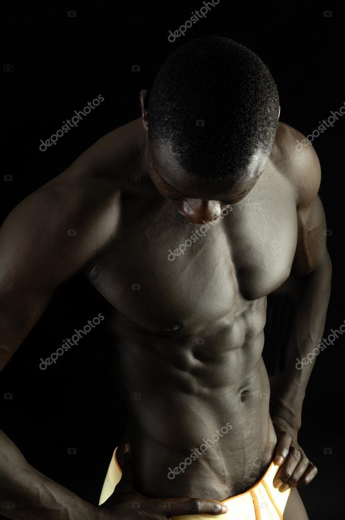 E Negro Rost Corpo Musculoso De