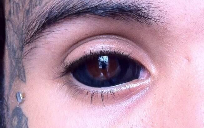 Explicar Tatuado Olhos Verdes Ativasso Branco